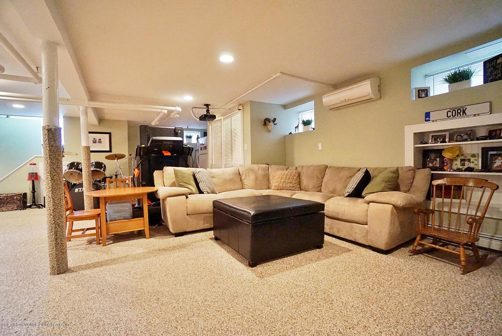 Single Family - Detached 171 Keiber Court  Staten Island, NY 10314, MLS-1127425-33