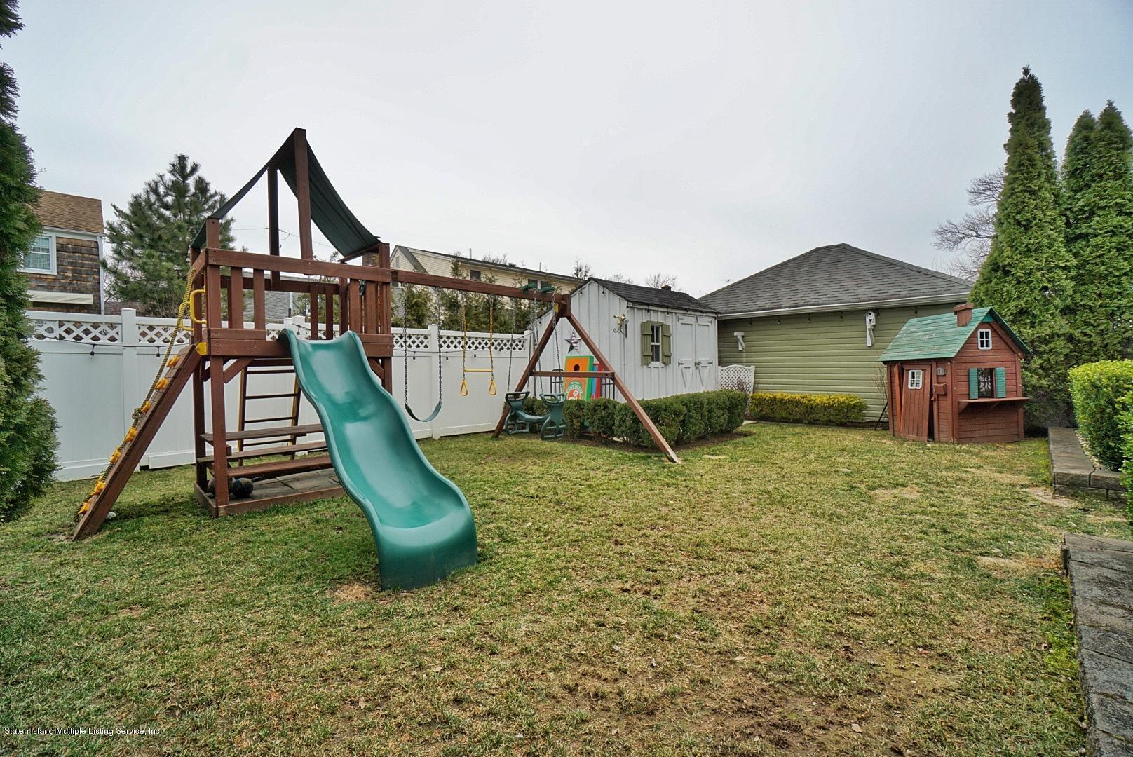 Single Family - Detached 171 Keiber Court  Staten Island, NY 10314, MLS-1127425-47