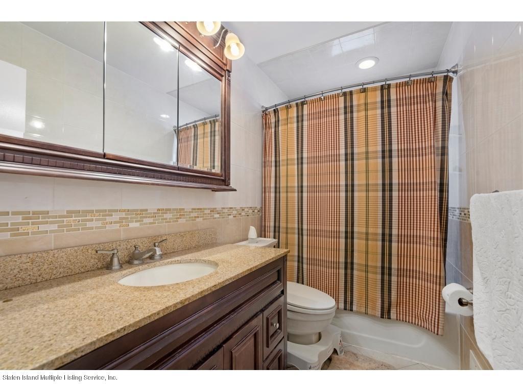 Single Family - Detached 362 Katan Avenue  Staten Island, NY 10308, MLS-1127206-17