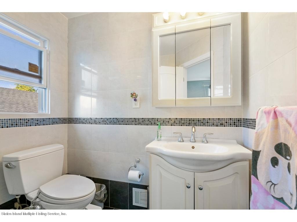 Single Family - Detached 362 Katan Avenue  Staten Island, NY 10308, MLS-1127206-20