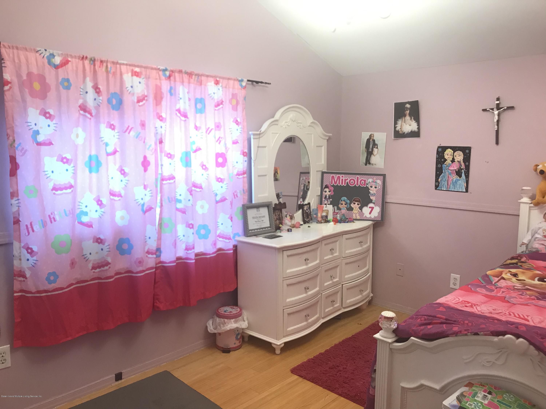 Single Family - Semi-Attached 334 Huguenot Avenue  Staten Island, NY 10312, MLS-1127378-16