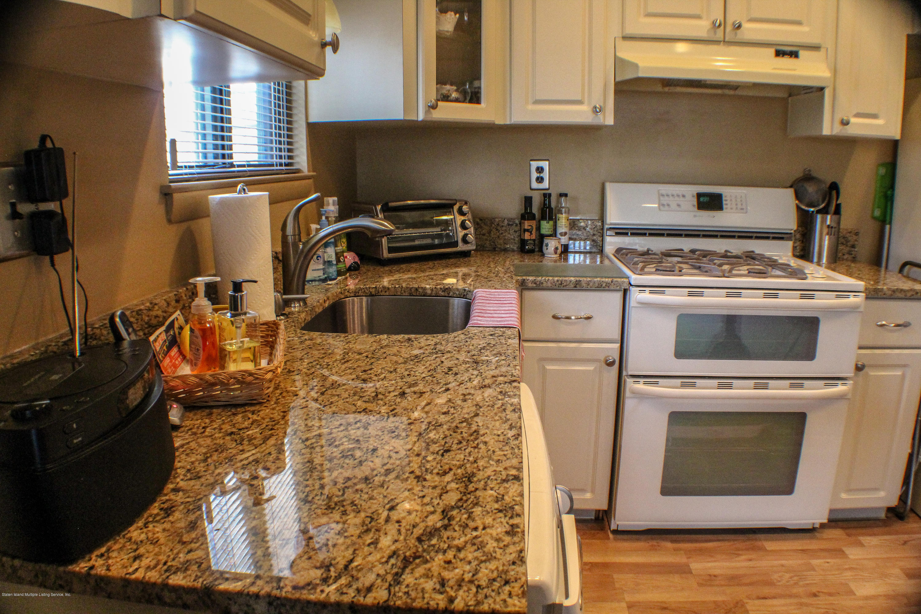Condo 31 Russell Street H  Staten Island, NY 10308, MLS-1127470-18