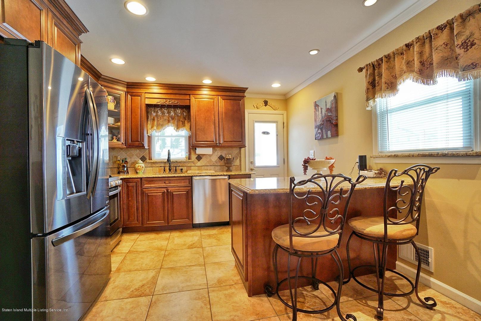 Single Family - Semi-Attached 366 Fairbanks Avenue  Staten Island, NY 10306, MLS-1127458-15