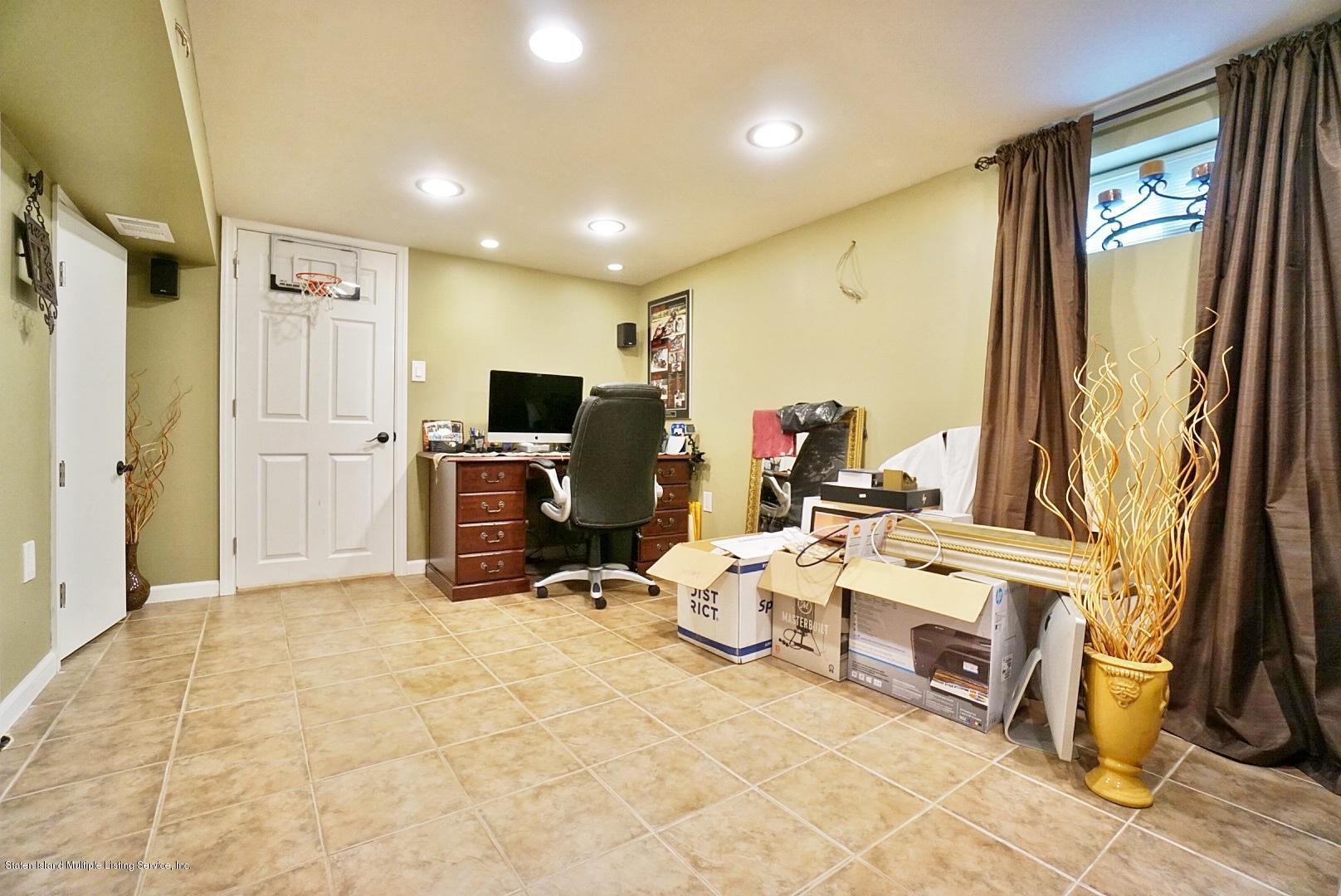 Single Family - Semi-Attached 366 Fairbanks Avenue  Staten Island, NY 10306, MLS-1127458-20