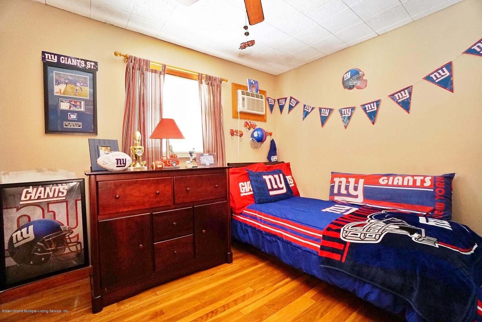 Single Family - Semi-Attached 366 Fairbanks Avenue  Staten Island, NY 10306, MLS-1127458-25