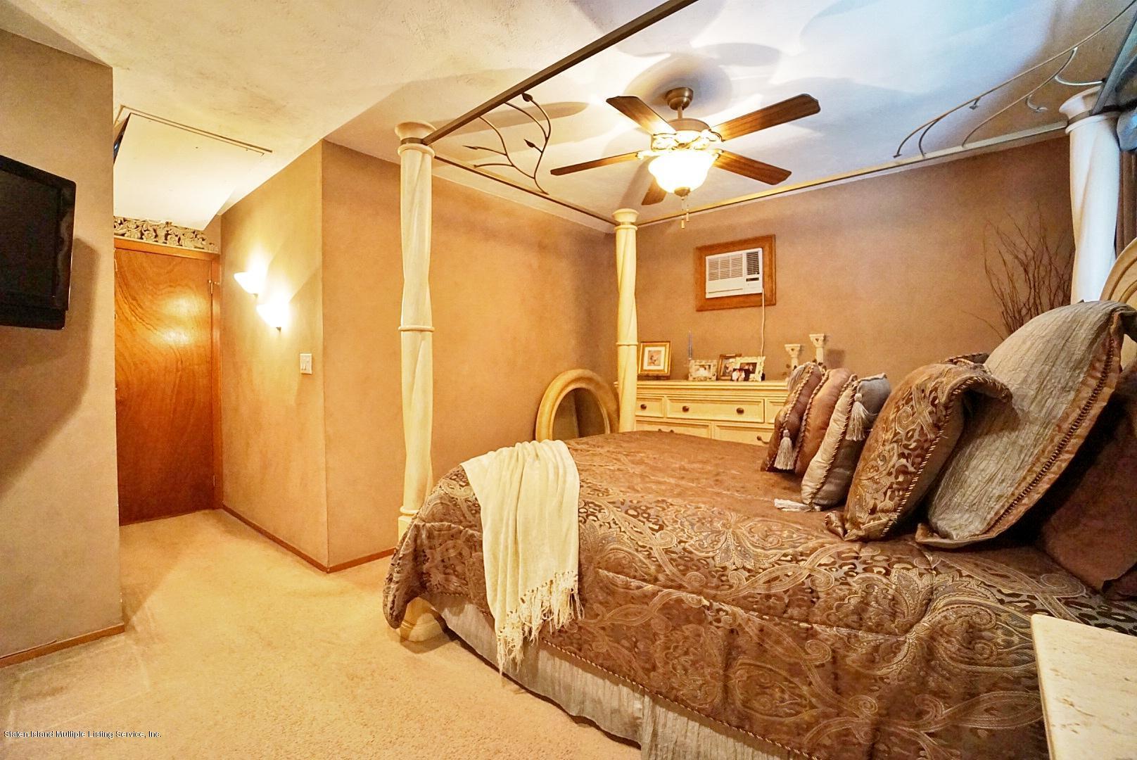 Single Family - Semi-Attached 366 Fairbanks Avenue  Staten Island, NY 10306, MLS-1127458-28