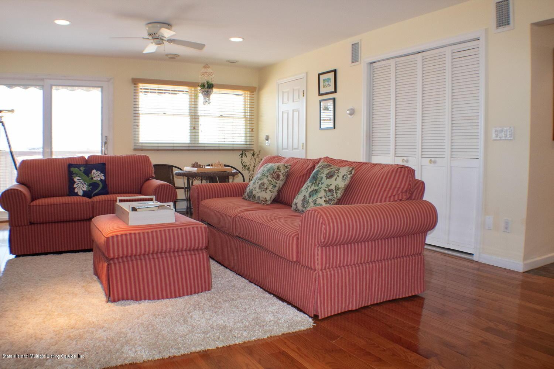 Single Family - Detached 11 Robinson Avenue  Staten Island, NY 10312, MLS-1127482-23