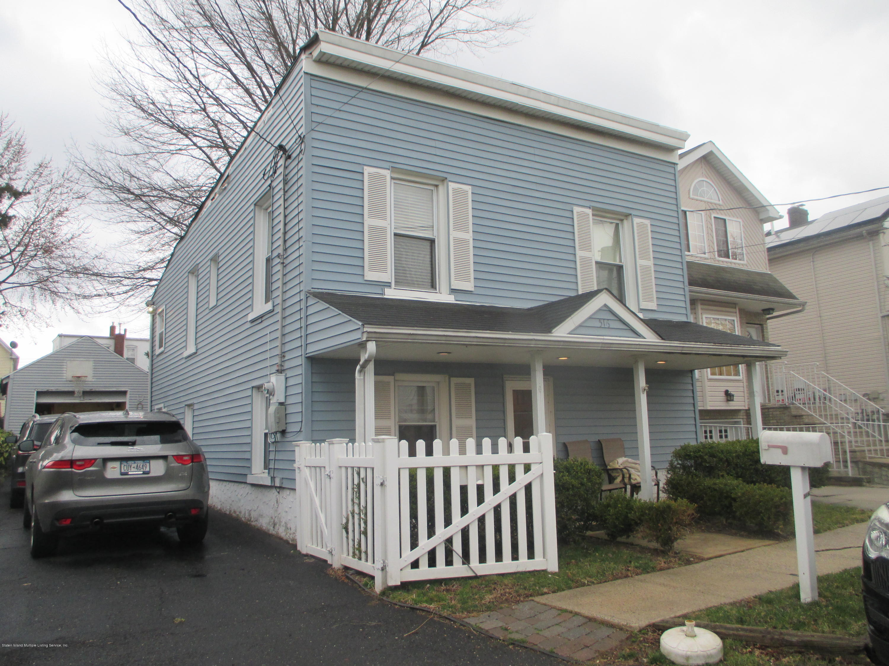 Single Family - Detached in Graniteville - 516 Caswell Avenue  Staten Island, NY 10314