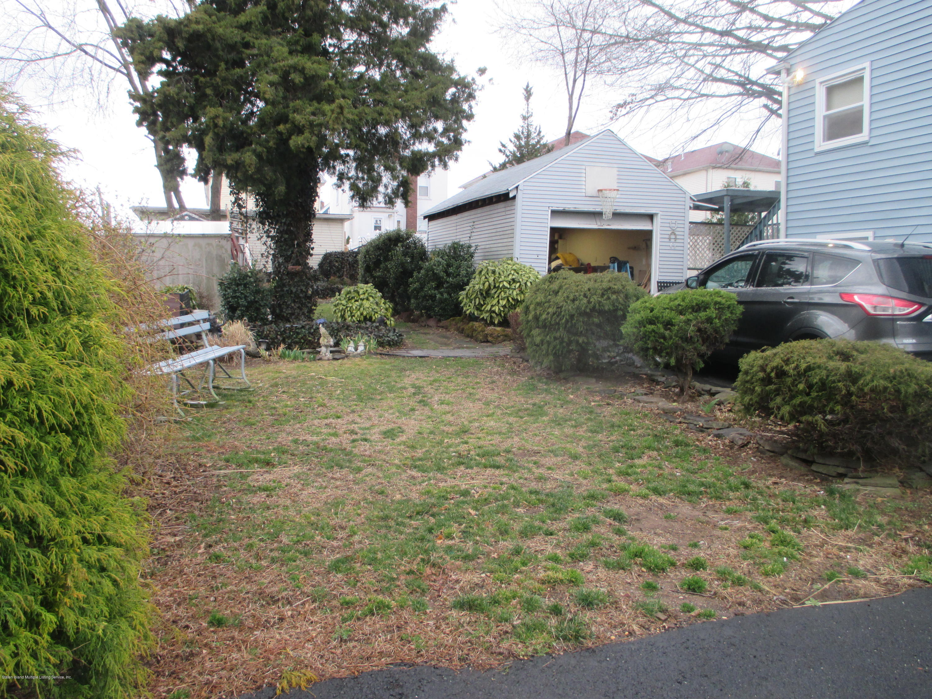 Single Family - Detached 516 Caswell Avenue  Staten Island, NY 10314, MLS-1127513-14