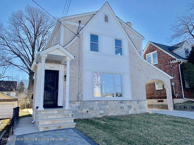 Single Family - Detached in Sunset Hill - 243 Hart Avenue  Staten Island, NY 10310