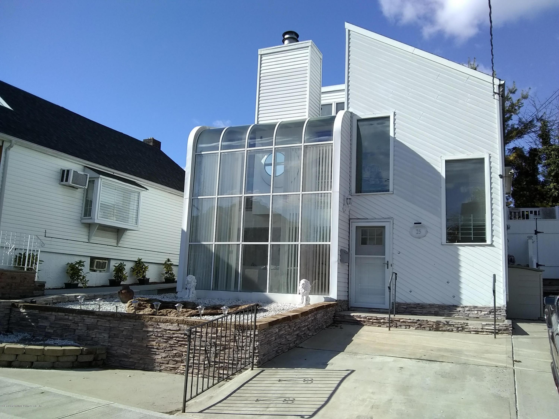 Single Family - Detached 25 Hartford Street  Staten Island, NY 10308, MLS-1127518-2