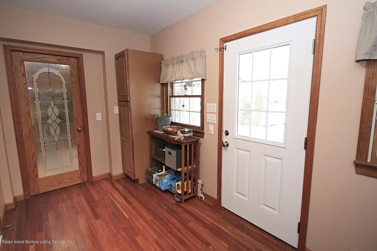 Single Family - Detached 113 Woodvale Avenue  Staten Island, NY 10309, MLS-1127531-16
