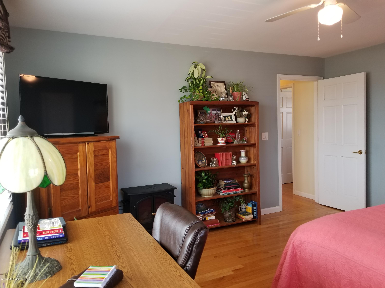 Single Family - Detached 11 Robinson Avenue  Staten Island, NY 10312, MLS-1127482-13