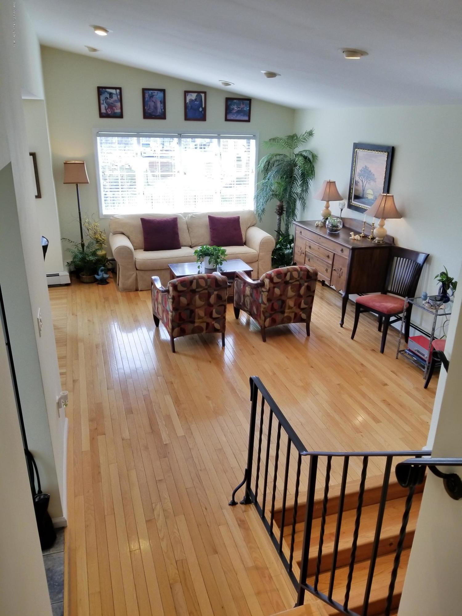 Single Family - Detached 11 Robinson Avenue  Staten Island, NY 10312, MLS-1127482-18