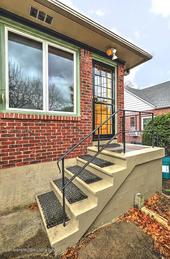 Single Family - Detached 271 Kissel Avenue  Staten Island, NY 10310, MLS-1125372-4