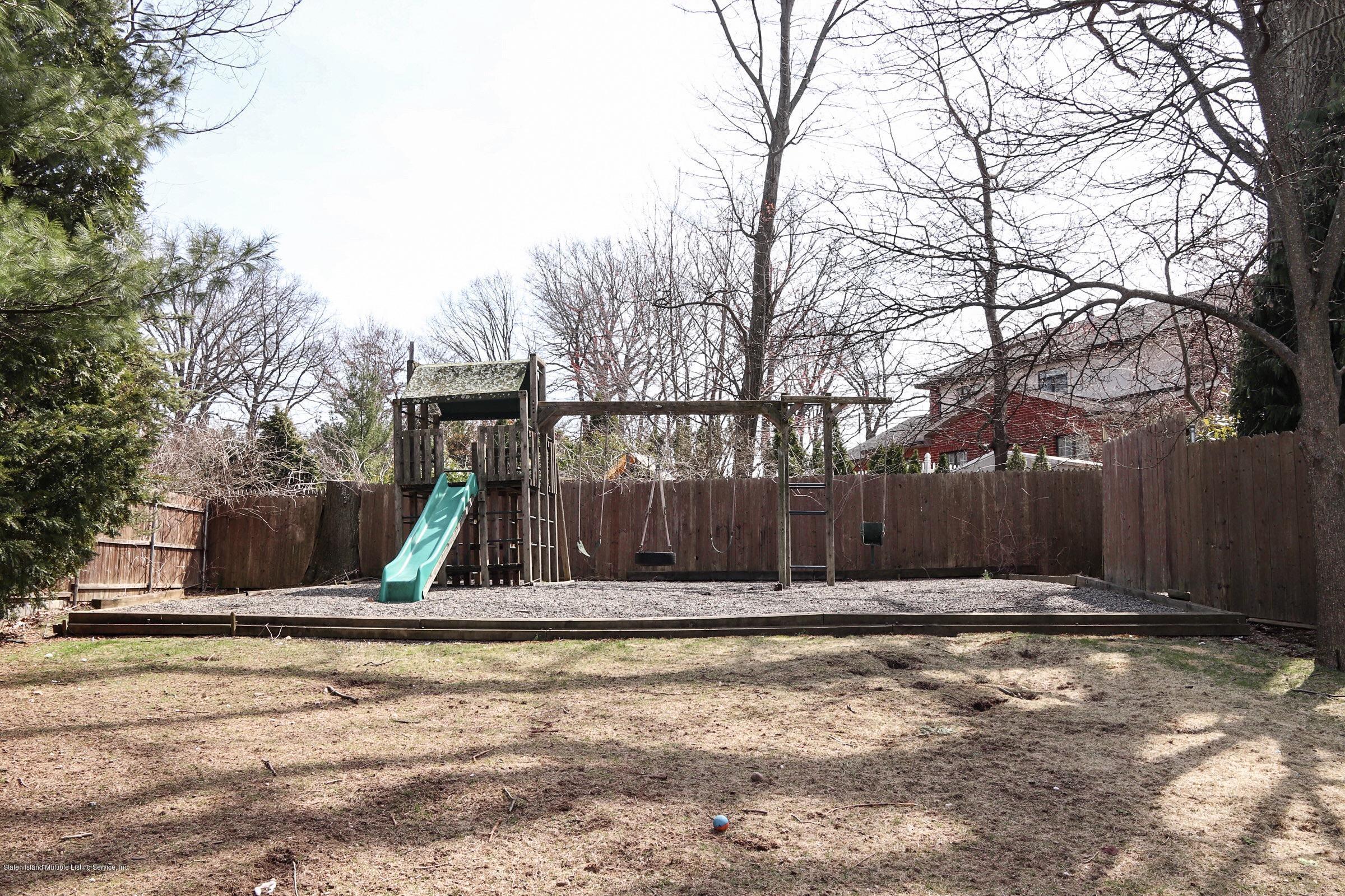 Single Family - Detached 15 Butterworth Avenue  Staten Island, NY 10301, MLS-1127612-9