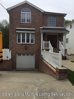 Two Family - Detached in Pleasant Plains - 80 Bedell Street  Staten Island, NY 10309