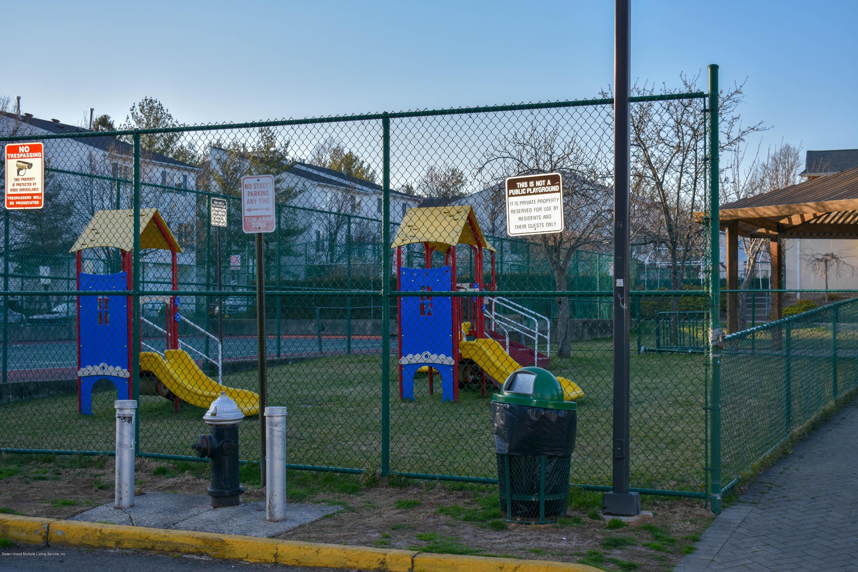 Single Family - Attached 726 Ilyssa Way  Staten Island, NY 10312, MLS-1127494-20