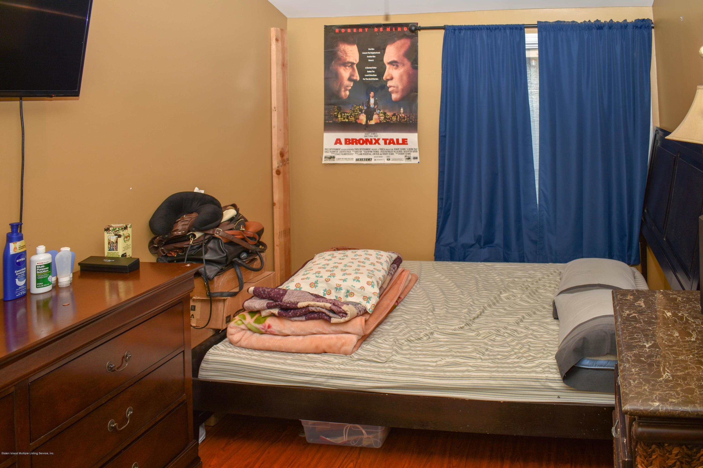 Single Family - Attached 726 Ilyssa Way  Staten Island, NY 10312, MLS-1127494-16