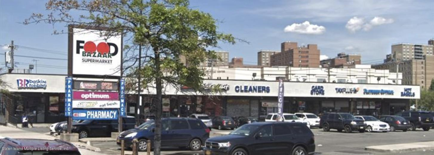 Food and Beverage in Canarsie - 11124 Flatlands Avenue