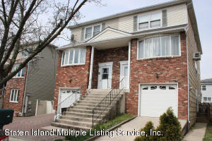 80 Willowwood Lane, Staten Island, NY 10308