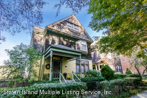 131 St Marks Place, Staten Island, NY 10301
