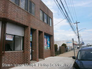 613 Midland Ave, Staten Island, NY 10306