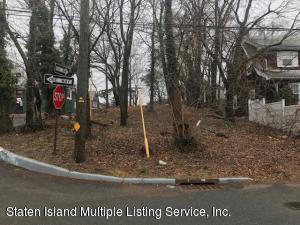 3094 Richmond Road, Staten Island, NY 10306