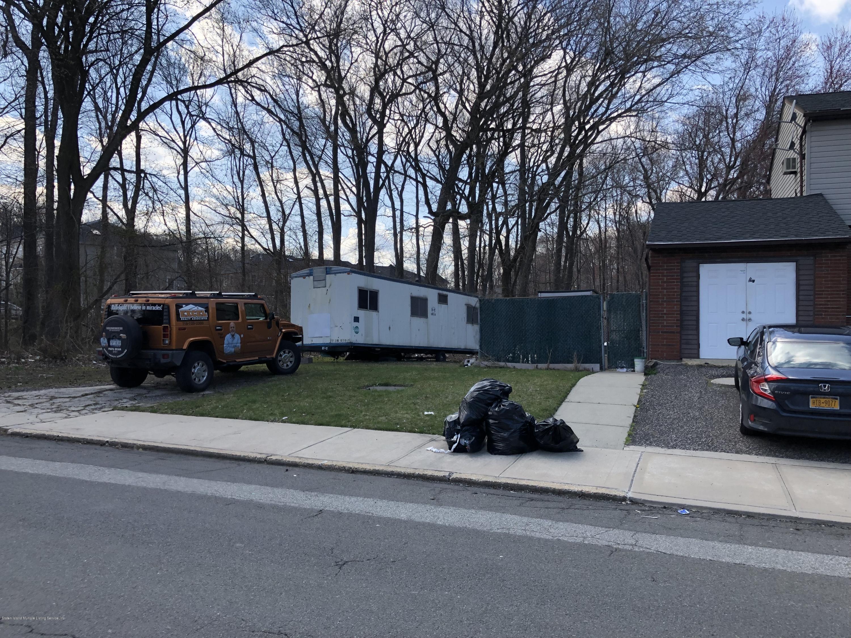Single Family - Detached 383 Woodrow Road  Staten Island, NY 10312, MLS-1127872-5