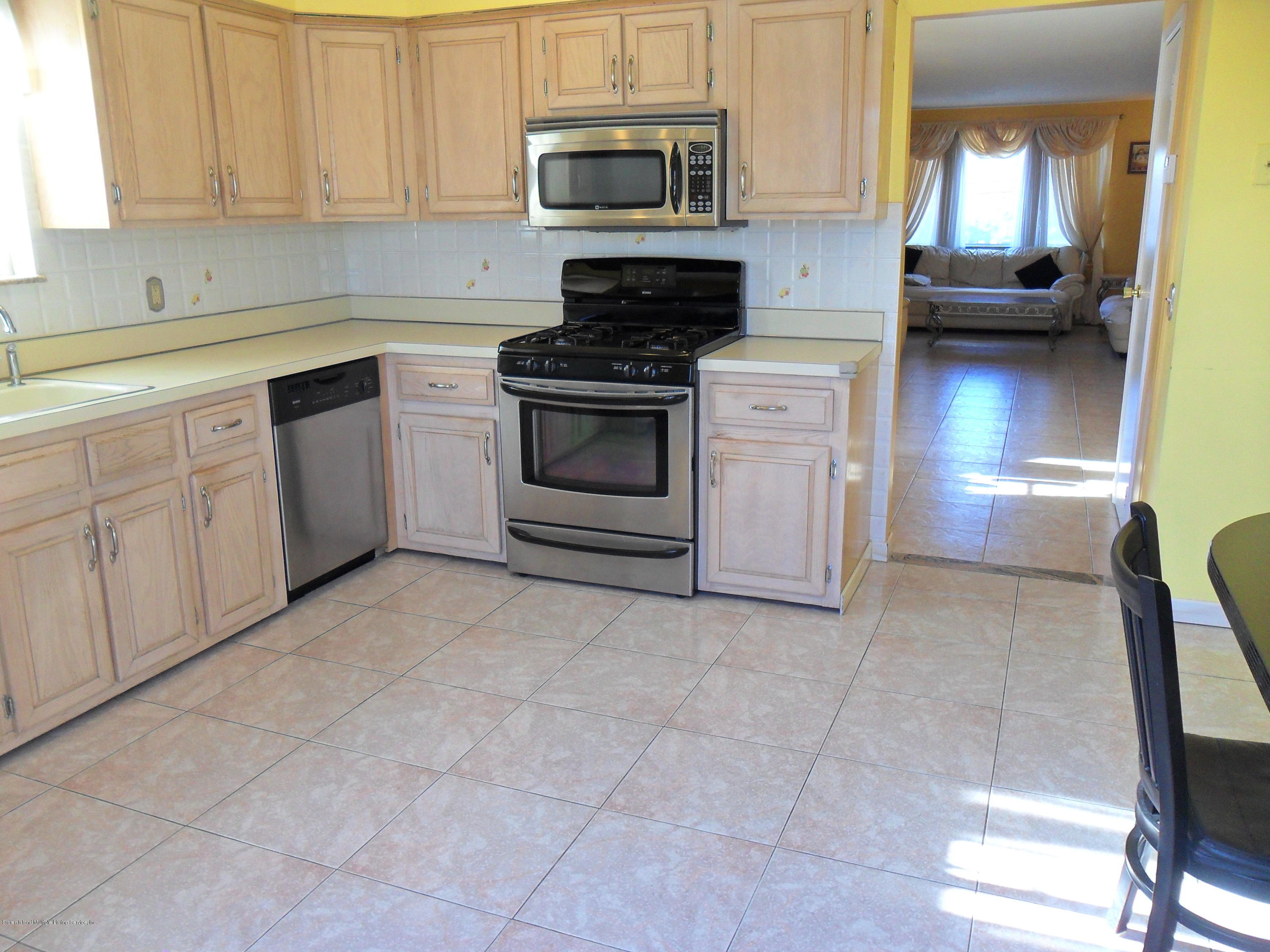 Single Family - Semi-Attached 50 Forest Street  Staten Island, NY 10314, MLS-1127879-18