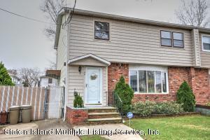 40 Montauk Place, Staten Island, NY 10314