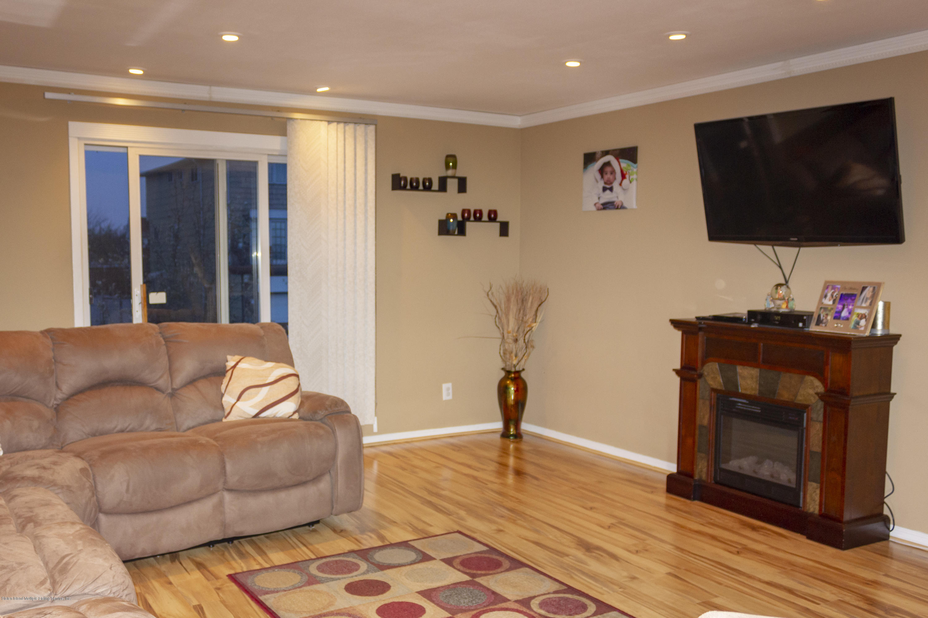 Single Family - Semi-Attached 59 Goller Place  Staten Island, NY 10314, MLS-1127931-11