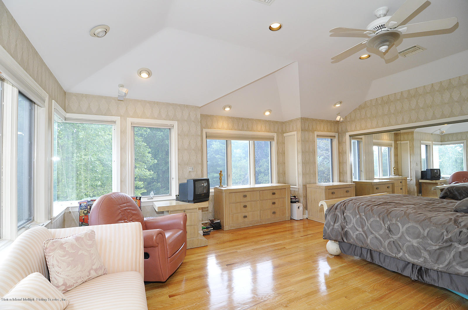 Single Family - Detached 738 Todt Hill Road  Staten Island, NY 10301, MLS-1127956-12