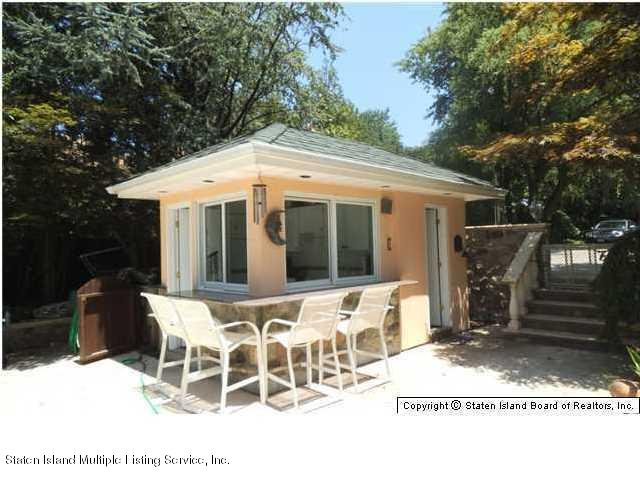 Single Family - Detached 738 Todt Hill Road  Staten Island, NY 10301, MLS-1127956-15