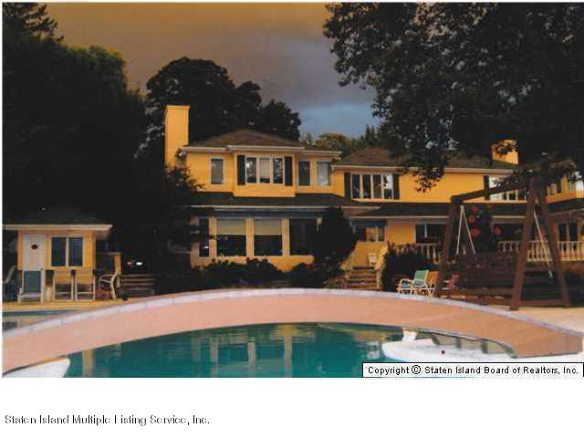 Single Family - Detached 738 Todt Hill Road  Staten Island, NY 10301, MLS-1127956-16