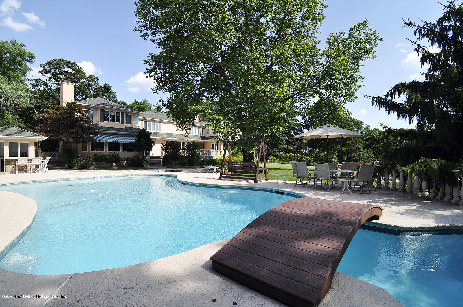 Single Family - Detached 738 Todt Hill Road  Staten Island, NY 10301, MLS-1127956-19