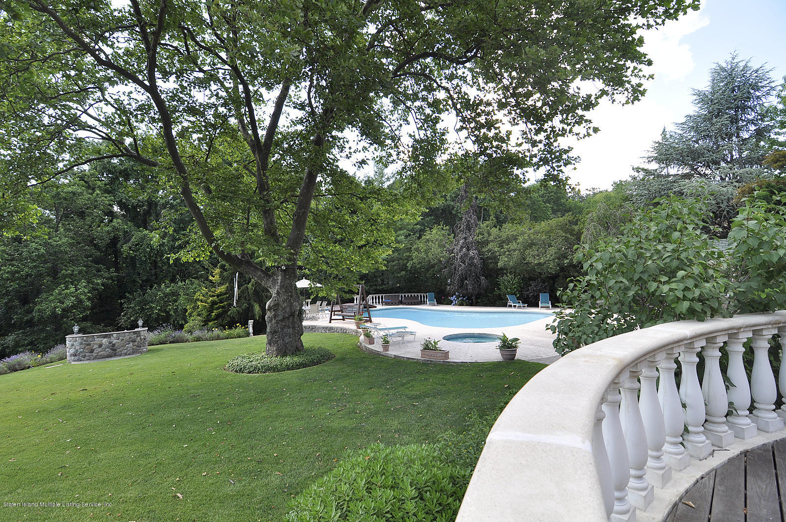Single Family - Detached 738 Todt Hill Road  Staten Island, NY 10301, MLS-1127956-20