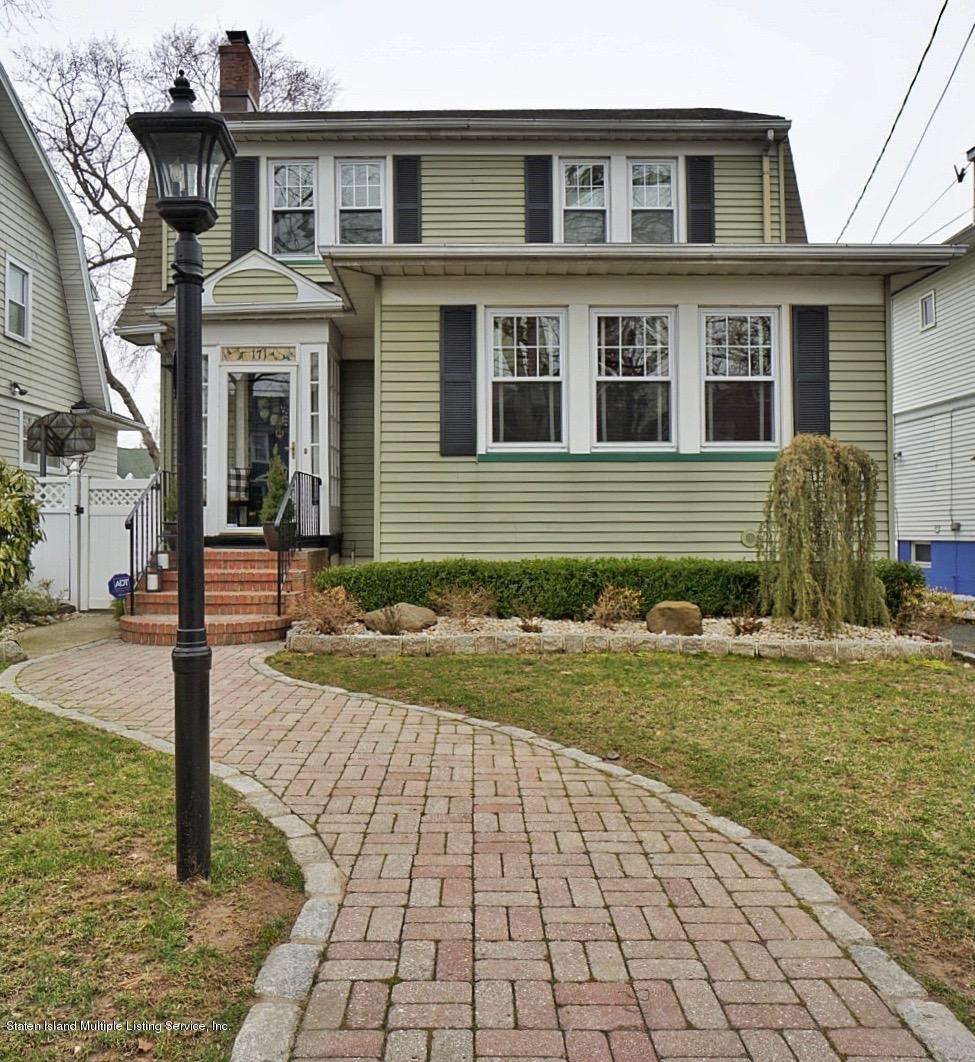 Single Family - Detached in Westerleigh - 171 Keiber Court  Staten Island, NY 10314