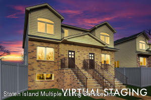 MODEL HOME STAGED