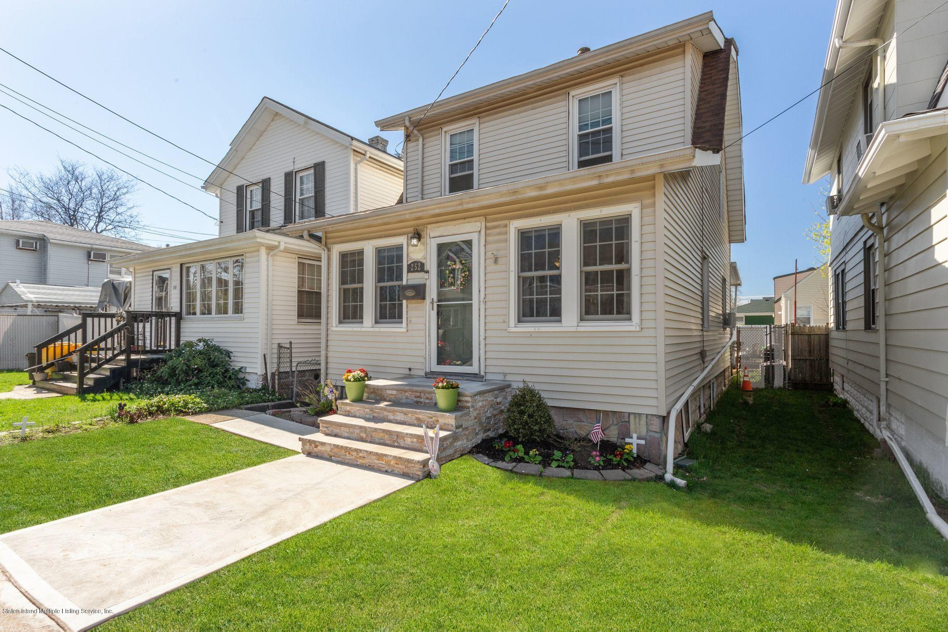 Single Family - Detached in Westerleigh - 252 Waters Avenue  Staten Island, NY 10314