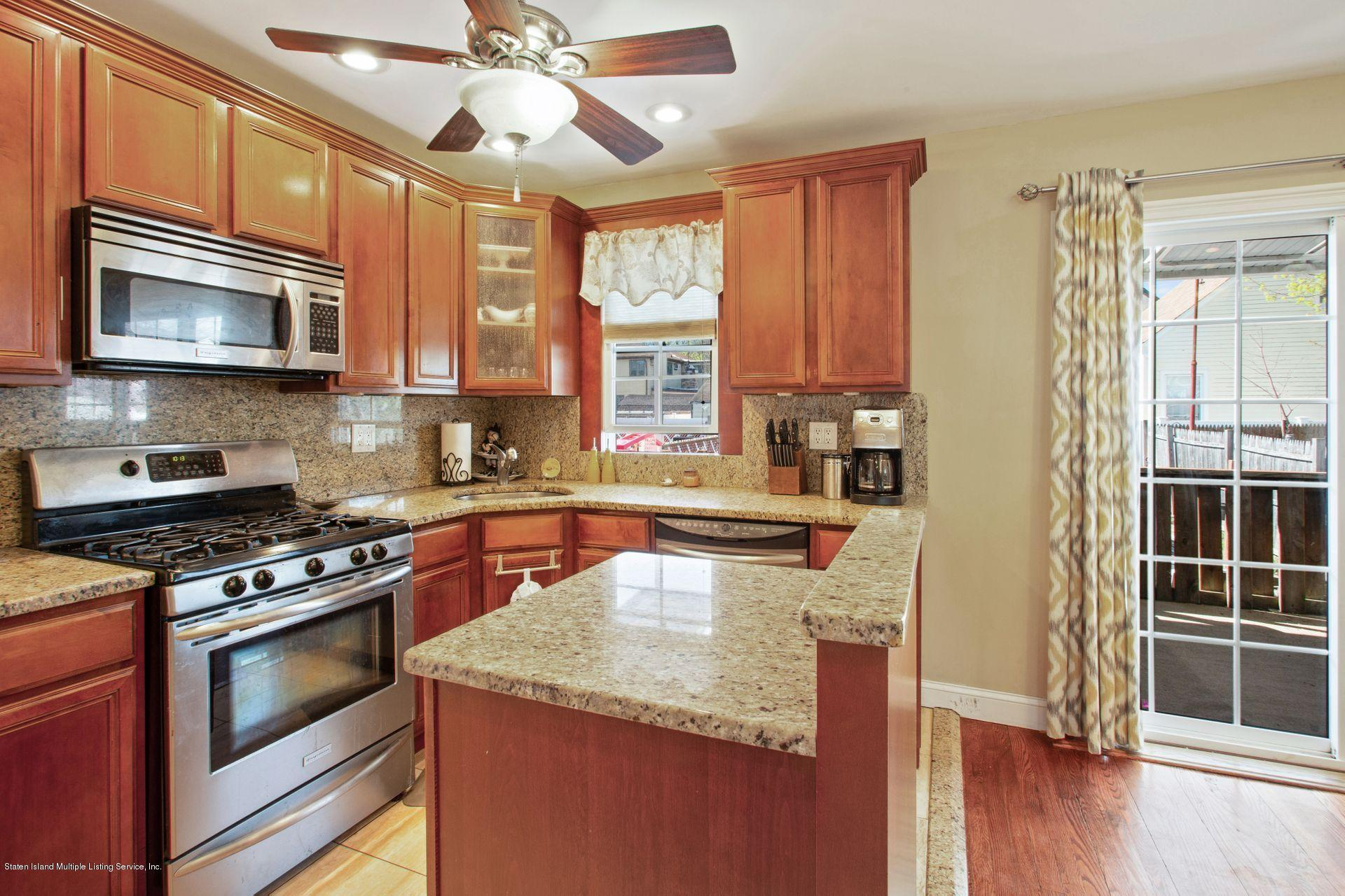 Single Family - Detached 252 Waters Avenue  Staten Island, NY 10314, MLS-1128050-10