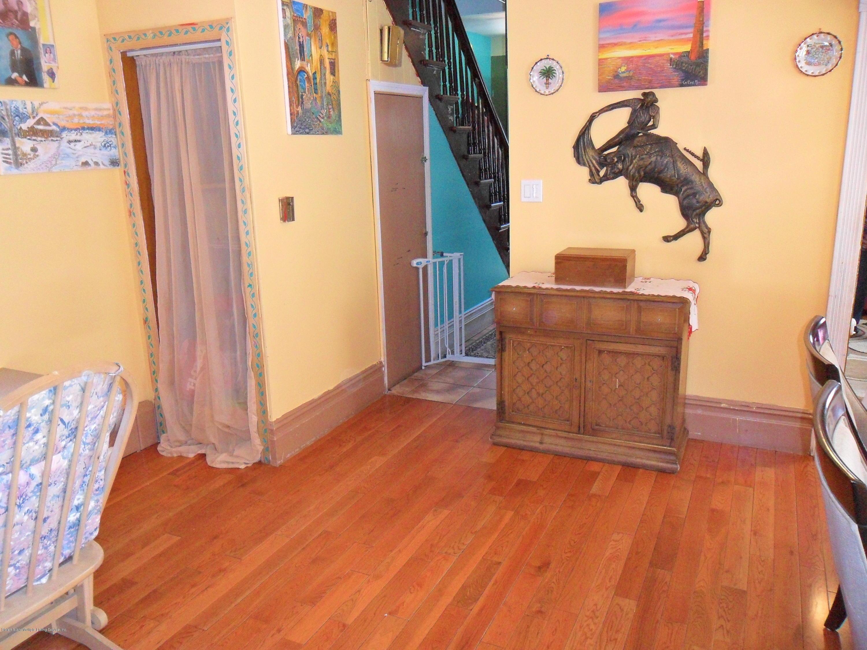 Single Family - Detached 18 Raymond Place  Staten Island, NY 10310, MLS-1128053-21