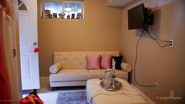 Single Family - Semi-Attached 37 Fillmore Avenue  Staten Island, NY 10314, MLS-1128014-13