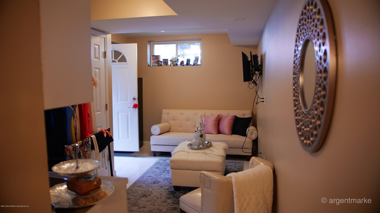 Single Family - Semi-Attached 37 Fillmore Avenue  Staten Island, NY 10314, MLS-1128014-15