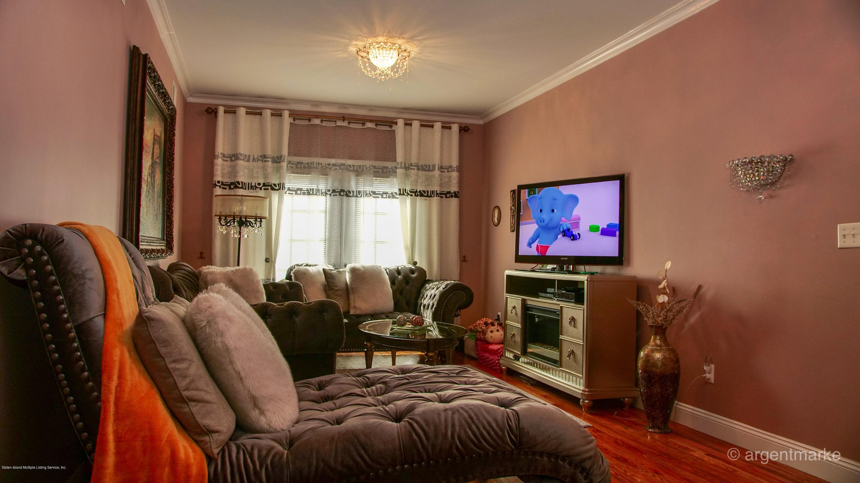 Single Family - Semi-Attached 37 Fillmore Avenue  Staten Island, NY 10314, MLS-1128014-16