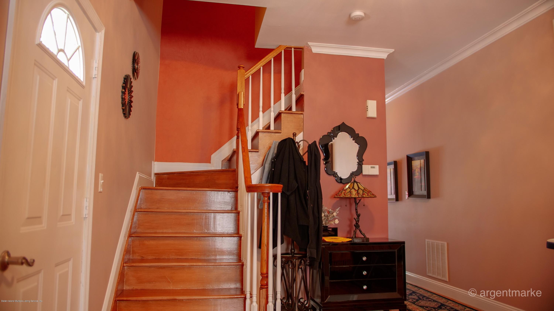 Single Family - Semi-Attached 37 Fillmore Avenue  Staten Island, NY 10314, MLS-1128014-18