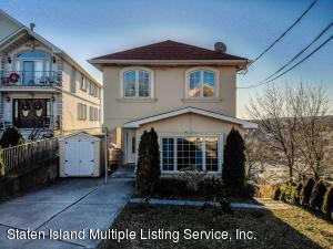 70 Pouch Terrace, Staten Island, NY 10305