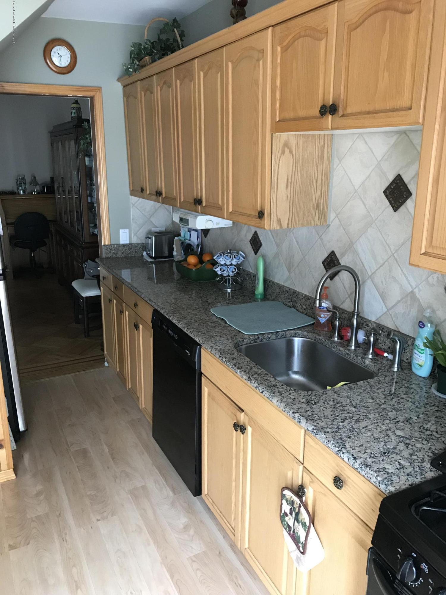 Single Family - Semi-Attached 94 Delafield Place  Staten Island, NY 10310, MLS-1128215-4