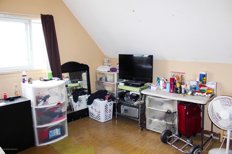 Single Family - Detached 44 Tillman Street  Staten Island, NY 10314, MLS-1128208-13