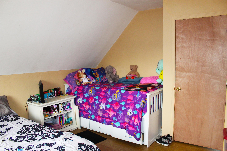 Single Family - Detached 44 Tillman Street  Staten Island, NY 10314, MLS-1128208-16
